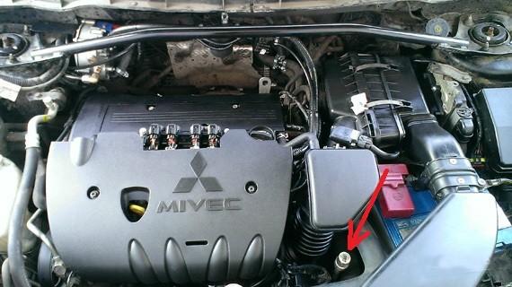 Сроки и процесс замены масла в вариаторе Mitsubishi Outlander